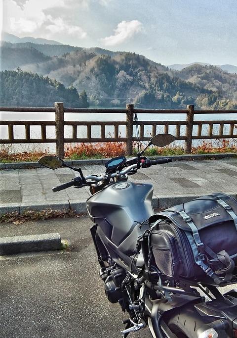 宮ヶ瀬湖1